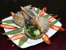 Đến Cô Tô nếm vị hải sản nướng mỡ hành thơm nức mũi